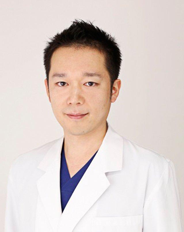 津田智幸医師写真